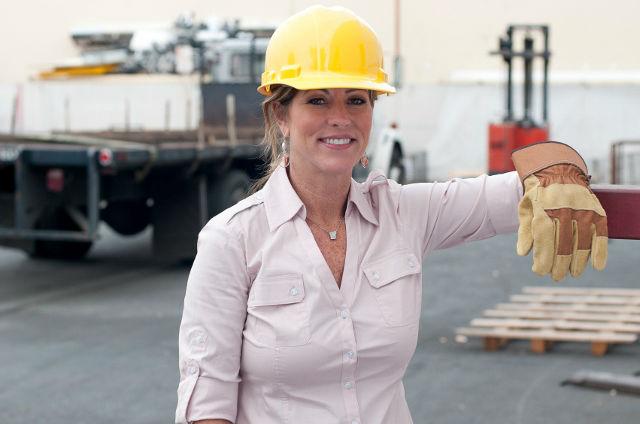 Kansas City Missouri female worker