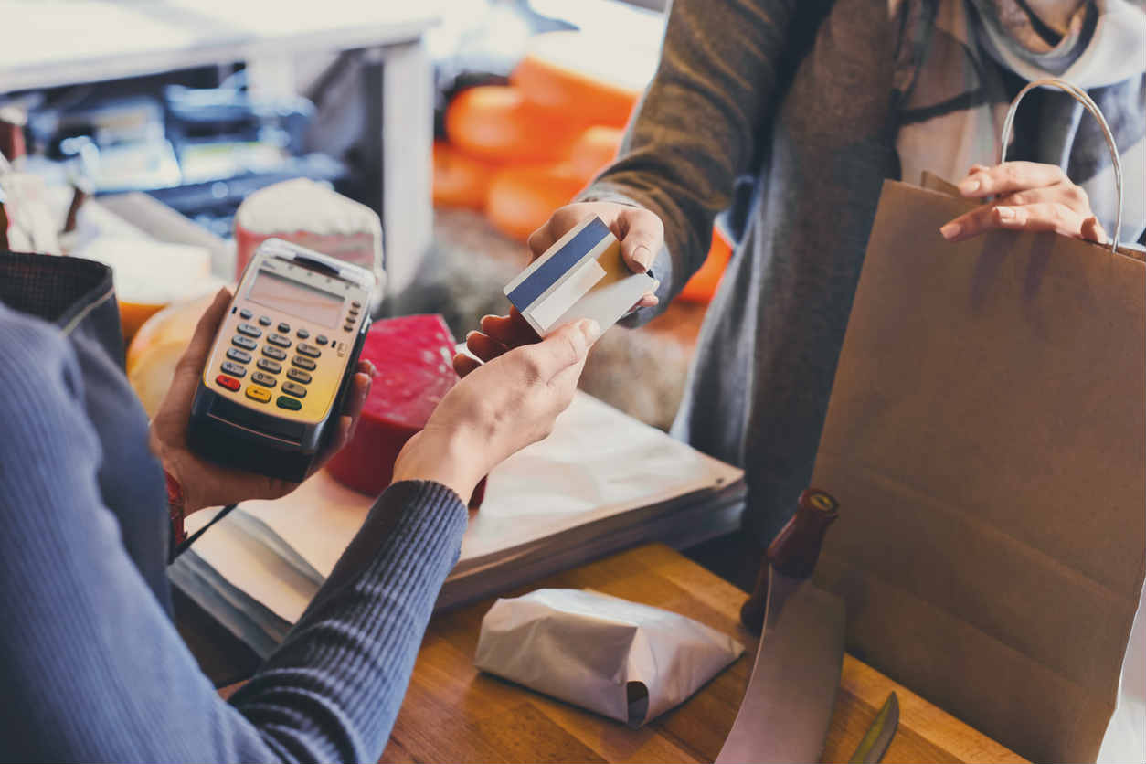 retain worker taking payment from customer