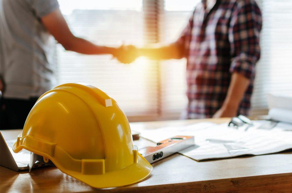 missouri worker shaking hands